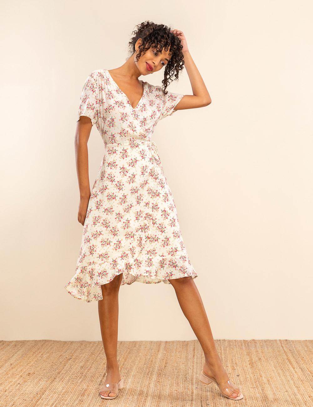 bee417a3619 Φλοράλ φόρεμα ασύμμετρο | Mindyourstyle.gr