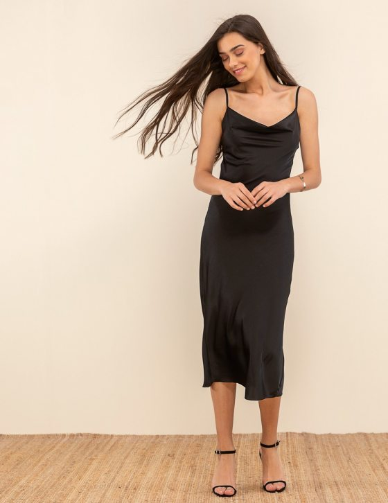 Φόρεμα σατέν