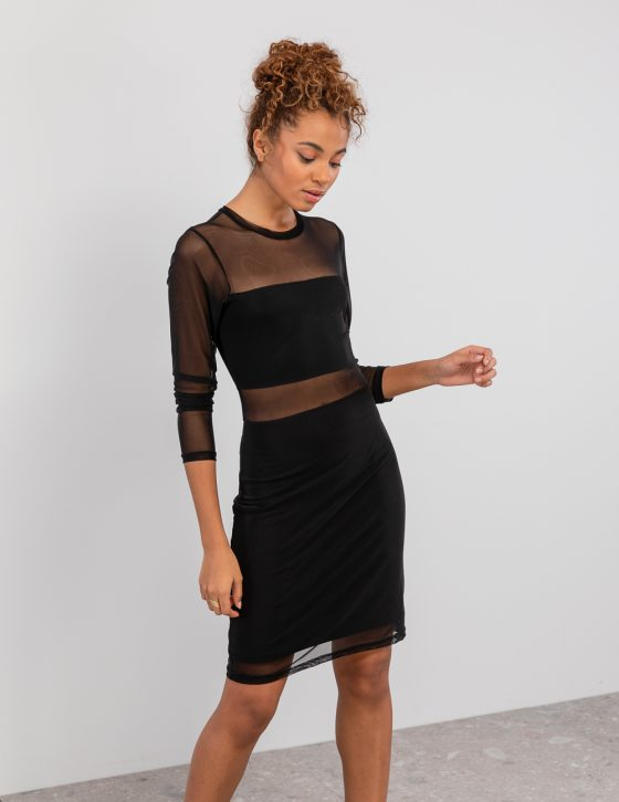 Φόρεμα διαφανεια