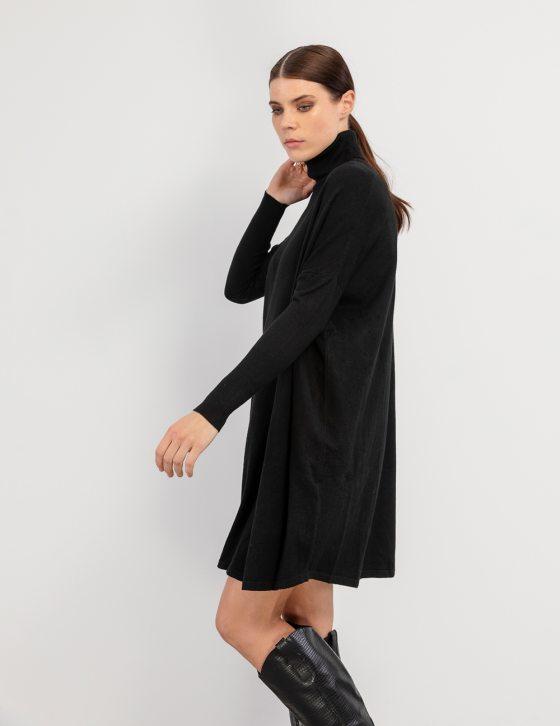 Πλεκτό άνετο φόρεμα