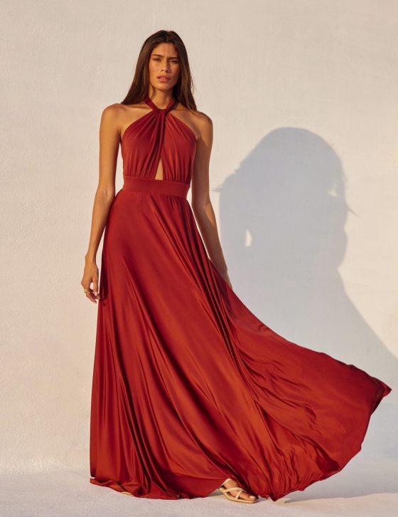 Φόρεμα μακρύ με δέσιμο στο λαιμό και μικρό άνοιγμα στην κοιλιά