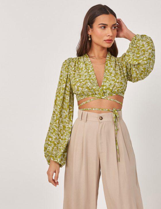 Γυναικεία φλοράλ μπλούζα με φαρδύ μανίκι και δέσιμο εμπρός και στην πλάτη