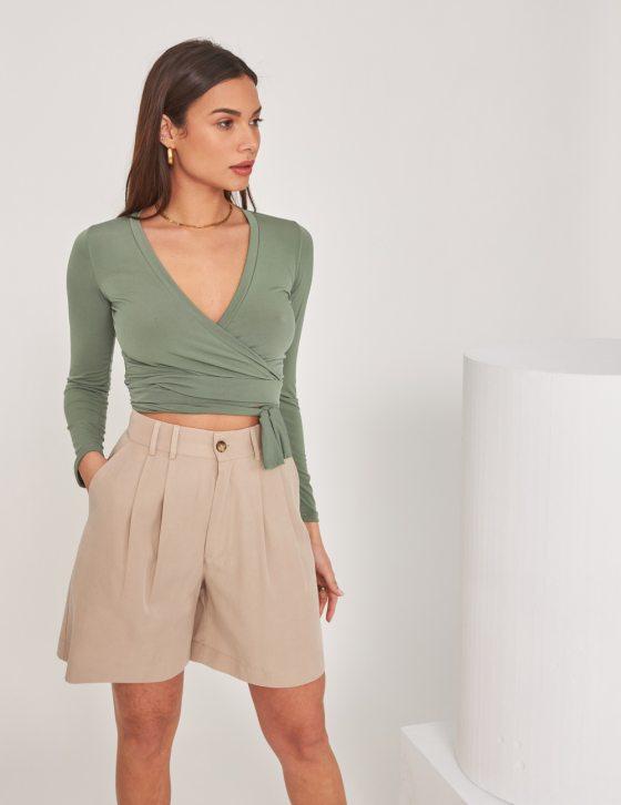 Γυναικεία μπλούζα με μακρύ μανίκι και V λαιμόκοψη και φιόγκος δέσιμο εμπρός