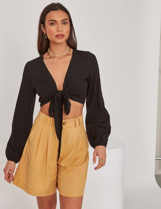 Γυναικεία μακρυμάνικη μπλούζα με φαρδύ μανίκι λάστιχο και δέσιμο εμπρός