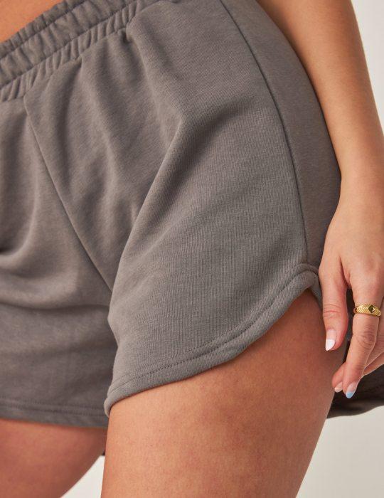 Γυναικείο σορτς με φούτερ ύφασμα και άνετη εφαρμογή