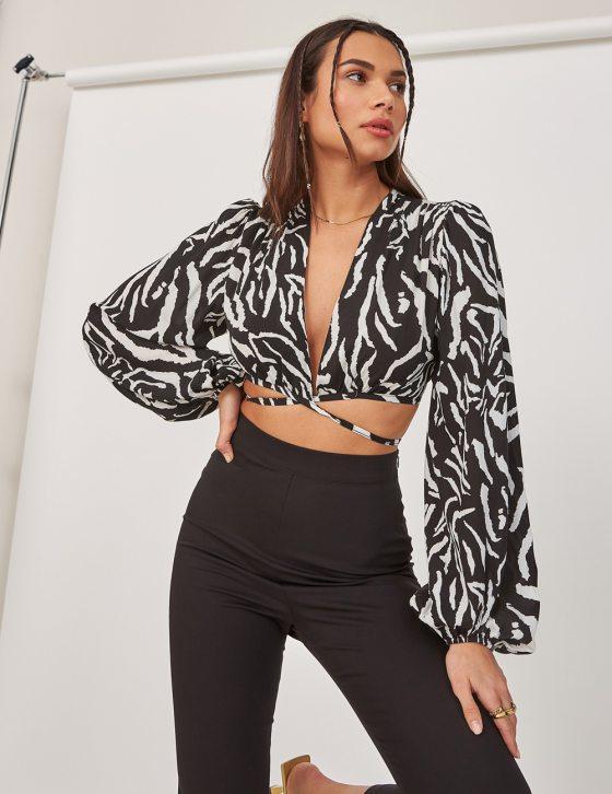 Γυναικεία μπλούζα με ζεβρέ print φαρδύ μανίκι και δέσιμο εμπρός και στην πλάτη