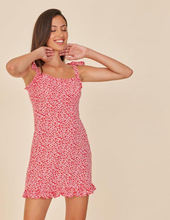 Κοντό φόρεμα βολάν με δέσιμο στις τιράντες