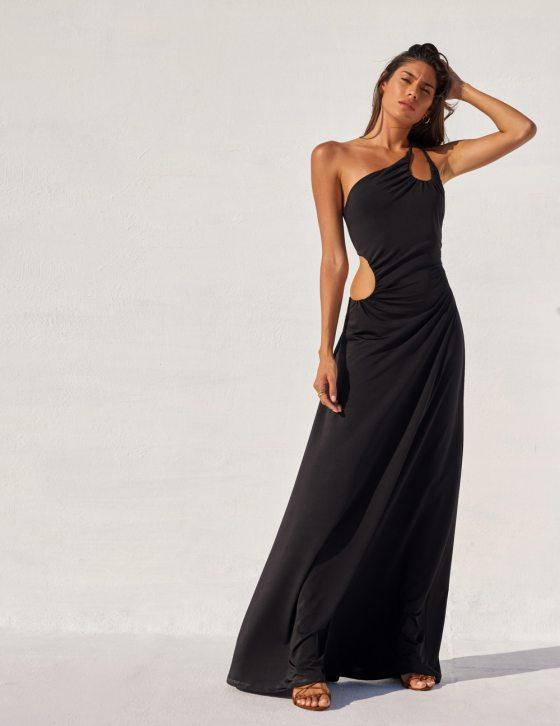 Φόρεμα maxi με διπλή τιράντα και σούρες ανοίγματα σε ώμο και μέση