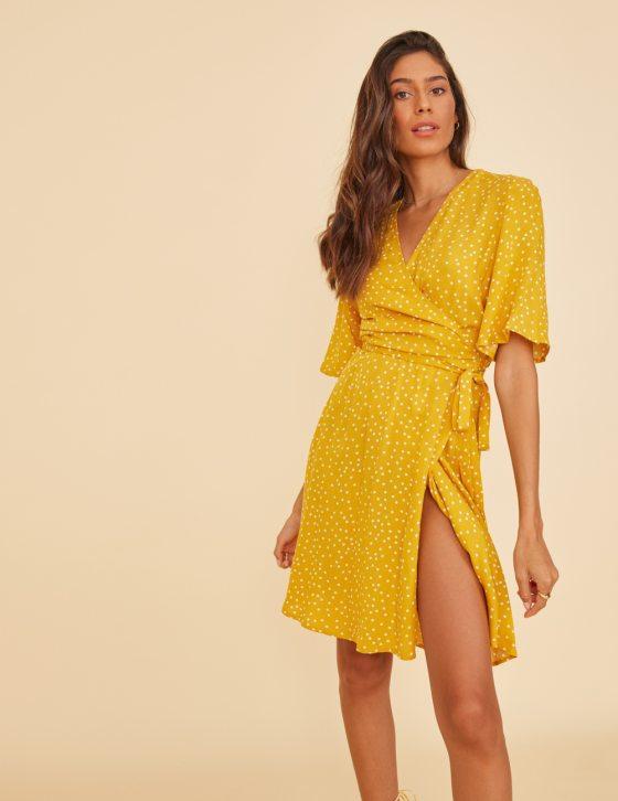 Γυναικείο φόρεμα κοντομάνικο με πουά print και ζωνάκι