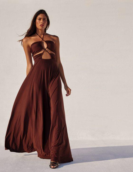 Φόρεμα maxi με κορδόνι χιαστί εμπρός και σούρες