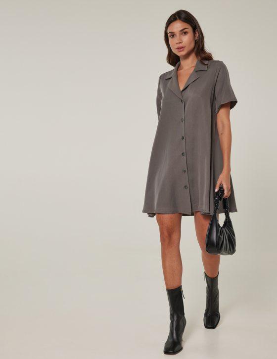 Φόρεμα κοντό με λούκια άνετο