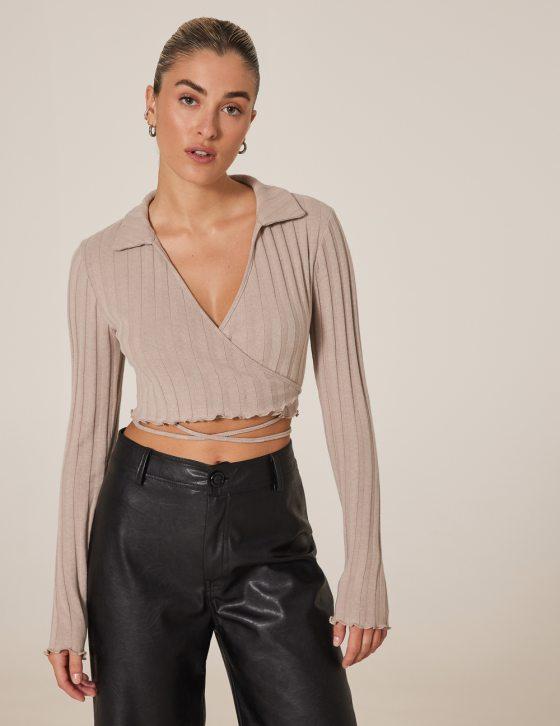 Γυναικεία μπλούζα ριπ κρουαζέ με γιακά και δέσιμο